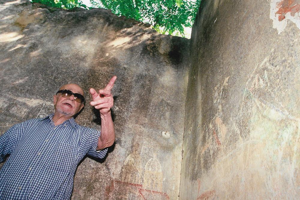 Homenaje a Ernesto Sábato en Villa Carlos Paz